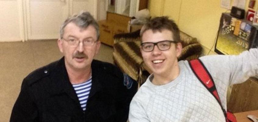 В Удмуртии наградили охранника «дядю Женю» из воткинского лицея
