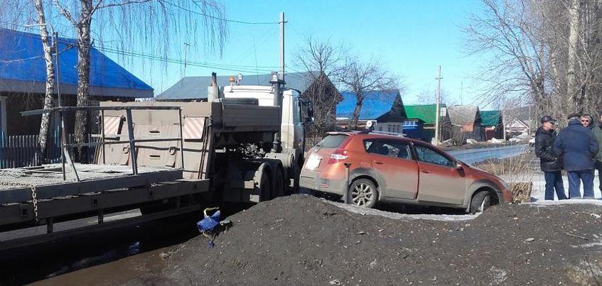 В Удмуртии при столкновении двух авто пострадала 53-летняя женщина