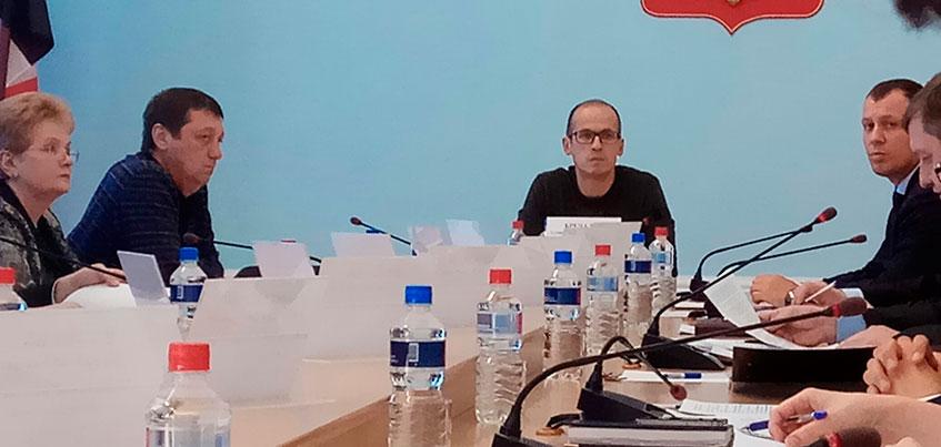 В Сарапуле прошло совещание с Александром Бречаловым по проблемам района