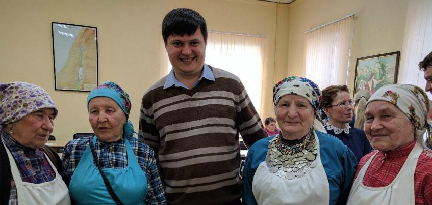 В Ижевске Бабушки из Бураново написали «Тотальный диктант»