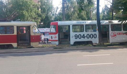 В Ижевске около Сельхозакадемии загорелся трамвай