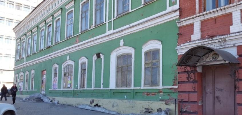 В Ижевске купеческий дом на Горького содержался с нарушениями