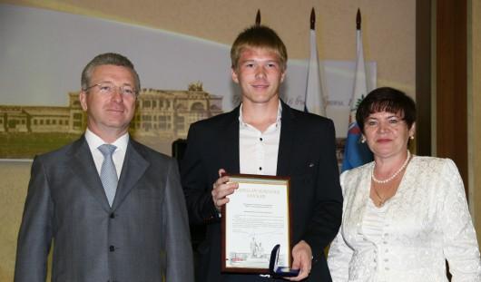 69 ижевских выпускников получили серебряные медали на приеме у Главы города Ижевска