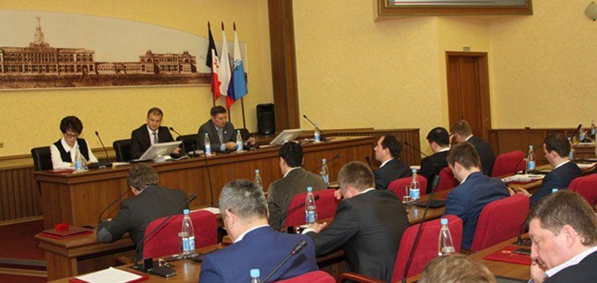 Ижевск получит средства от республики на уличное освещение и детский отдых