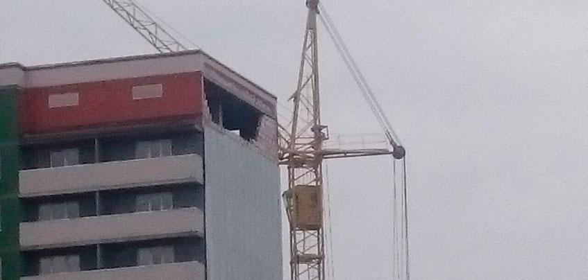Застройщик в ответ на шумиху в соцсетях: «Стену новостройки в Ижевске разобрали намеренно»