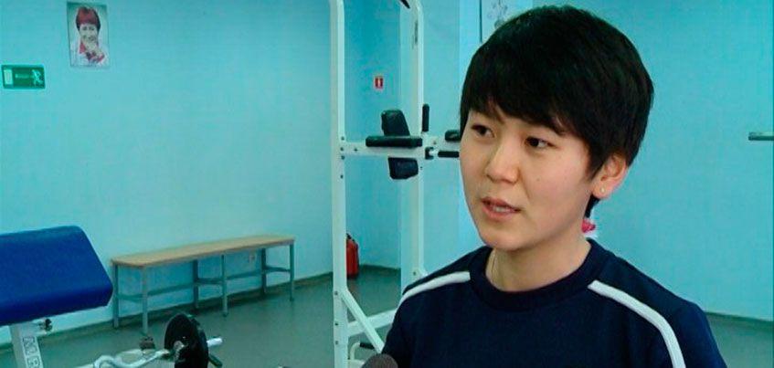 Руководство женского футбольного клуба «Торпедо» пригласило на просмотр чемпионку Киргизии