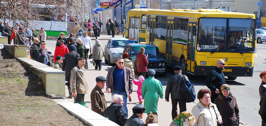 В Ижевске 25 апреля будут ездить дополнительные автобусы до кладбищ