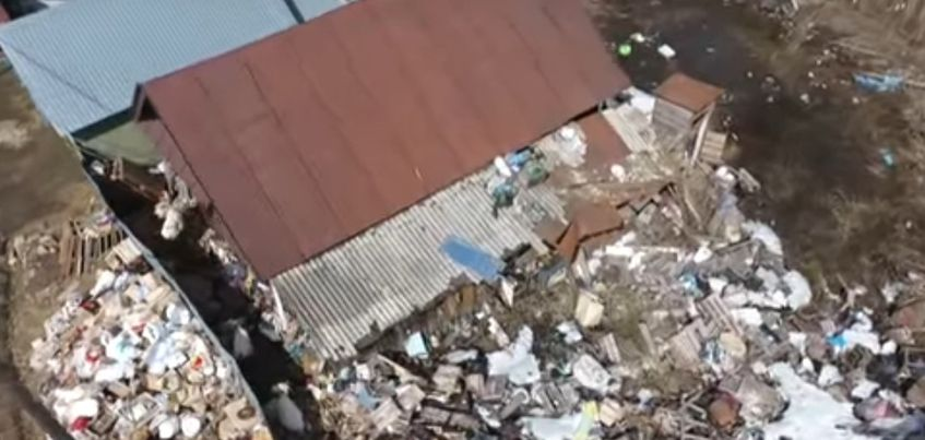 Видео: Пенсионерка устроила свалку на Татарбазаре в Ижевске
