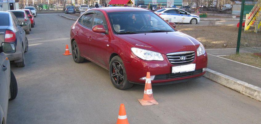 На улице Курортной в Ижевске водитель иномарки наехал на 6-летнюю девочку