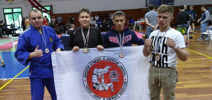 Cпортсмены из Удмуртии завоевали 8 наград на Чемпионате Мира по смешанным единоборствам