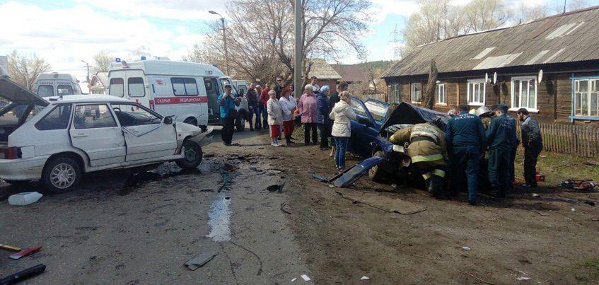 Один из пострадавших при столкновении машин в Удмуртии умер в больнице
