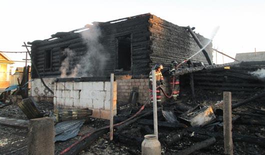 Житель Удмуртии вынес тещу и трехлетнего сына из горящего дома