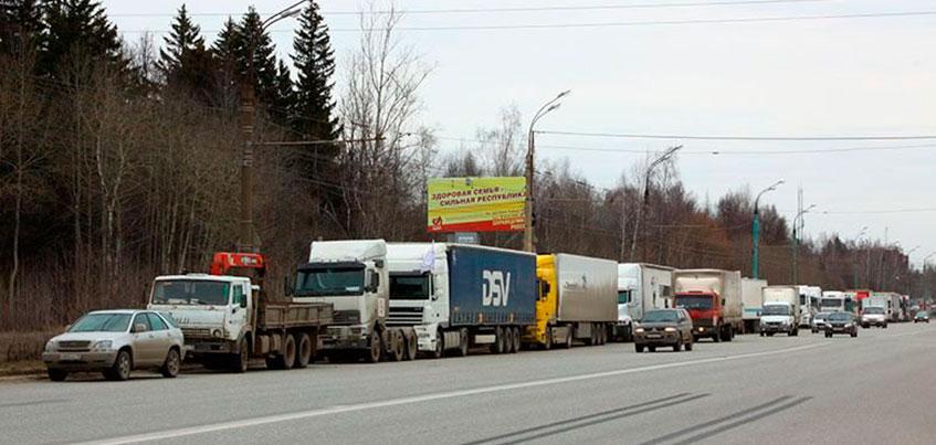 Бастующие ижевские дальнобойщики покинули Воткинское шоссе: услышали ли власти бастующих?