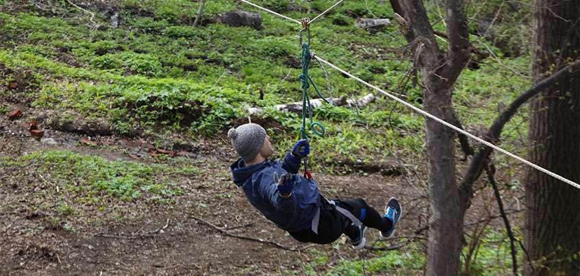 Овраги, пригорки, прыжки через бревна: очередная тренировка перед забегом «Гонка победителей»
