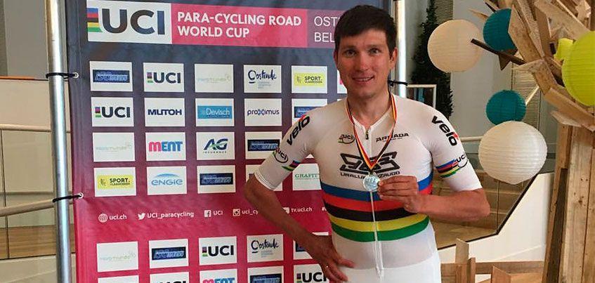 Ижевчанин Арслан Гильмутдинов выиграл серебро на этапе Кубка Мира по паравелоспорту на шоссе