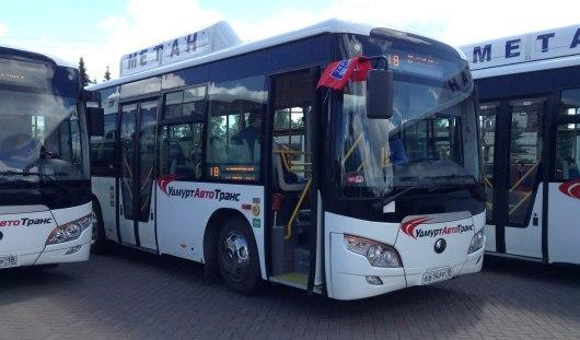 Школьные выпускные и автобусы на газу: о чем утром говорят в Ижевске