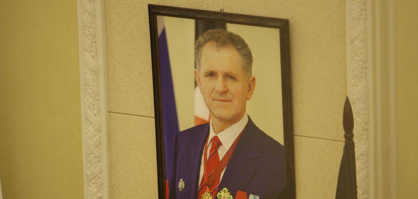 В Свято-Михайловском соборе Ижевска прошло прощание с Александром Волковым