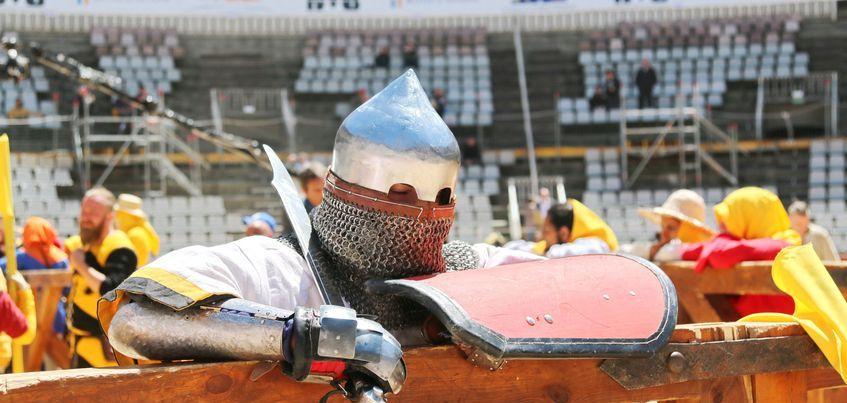 Ижевчанка, выигравшая на чемпионате мира по средневековому бою: «Вся арена болела за наших соперниц»