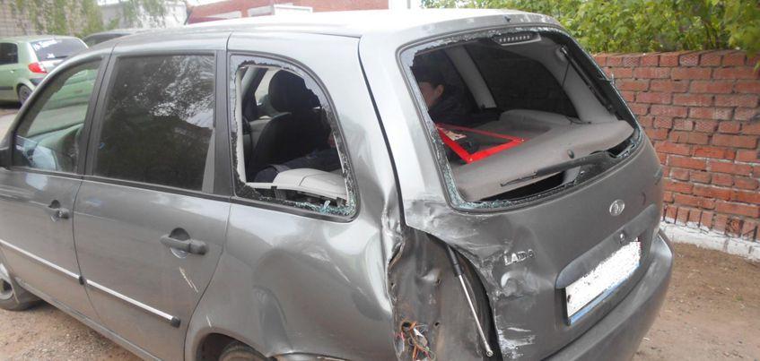 В Удмуртии автобус врезался в «Калину», где находилась 8-летняя девочка