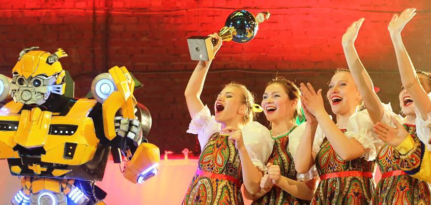 Победитель «Танцев» на ТНТ и хореограф из Кубы: в Ижевске прошел фестиваль «Зажигаем звёзды»