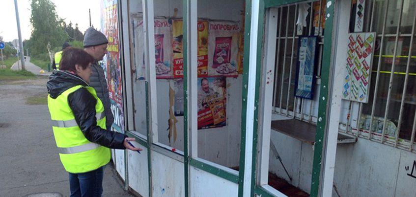 В Ижевске снесут торговый ларек на остановке «Улица Чехова»