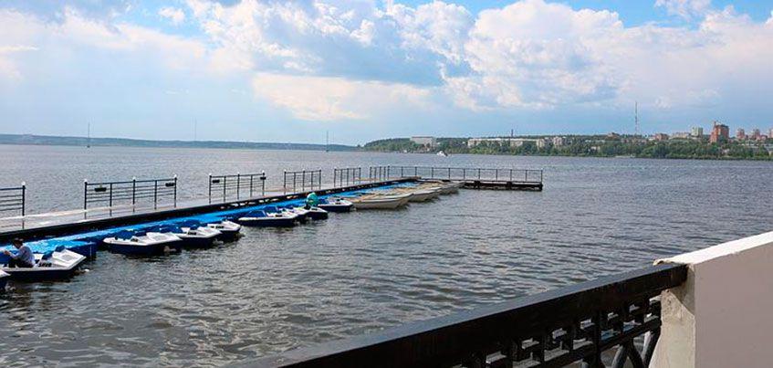 Сколько стоит покататься на лодках по ижевскому пруду?