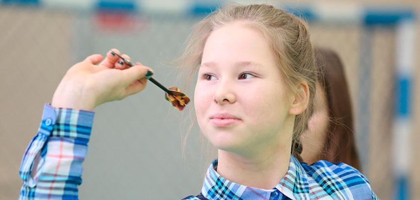 Юная ижевчанка Арина Харитонова выиграла золото на Первенстве Европы по электронному дартс