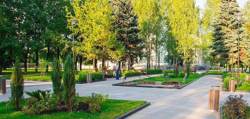 Вместо газонов – «растительность», а уборка снега – в тот же день: какие изменения предложили общественники Ижевска