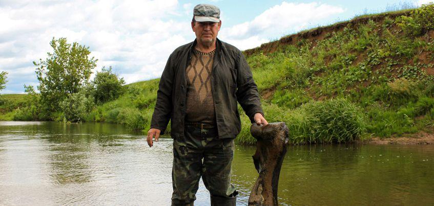 Житель Удмуртии нашел кость мамонта