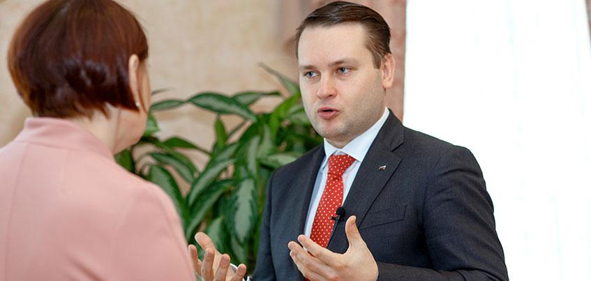 Бизнес-тренер Глеб Архангельский: «Работаете до 18:00? Вам не стать руководителем!»
