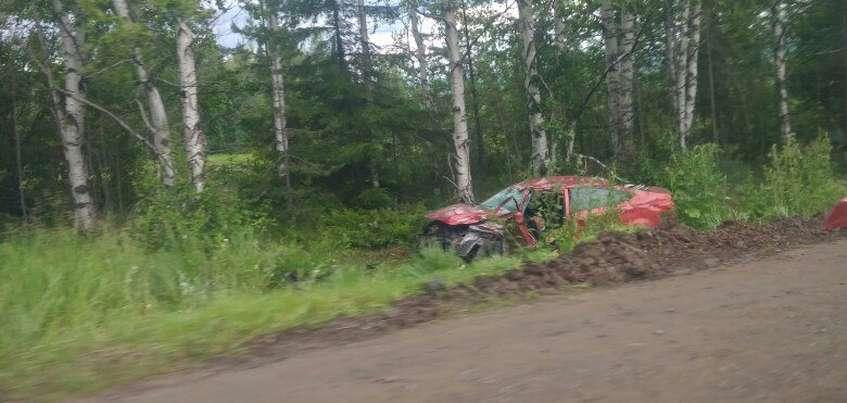 Семья попала в ДТП с грузовиком на Воткинском тракте в Удмуртии