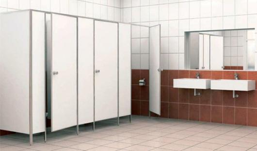 В Ижевске в туалете мирового суда повесился мужчина
