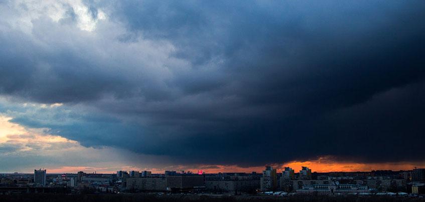 Администрация Ижевска предупреждает горожан о возможных ливнях и грозах
