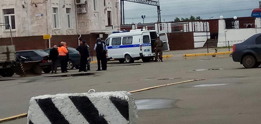 В Ижевске с ж/д вокзала эвакуировали более 100 человек
