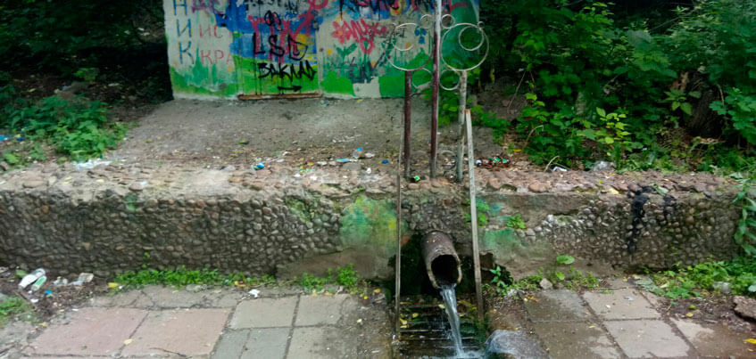 Столица родникового края: городские источники превращаются в свалки