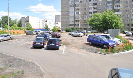 Как ижевчанам сделать парковку в своем дворе?