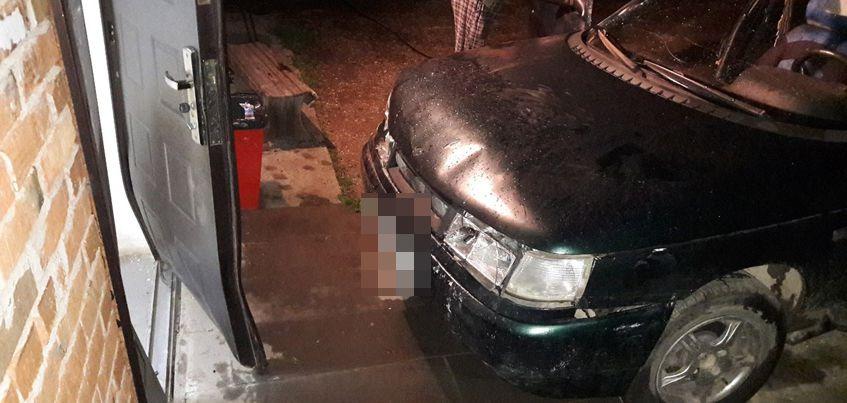 В Завьяловском районе Удмуртии пьяный водитель авто врезался в магазин