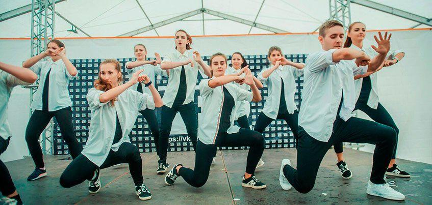 В Удмуртии пройдет фестиваль «Яркие Люди» с бесплатными мастер-классами и концертом Юлии Коган