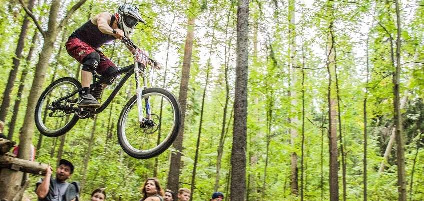Автогонки, велоспорт и футбол: самые важные спортивные события предстоящей недели в Ижевске