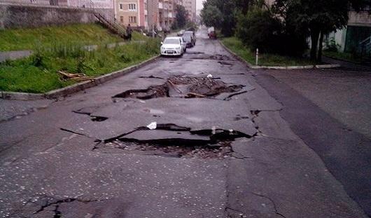 В Ижевске ремонтировать поврежденные ливнем улицы начнут 7 июля