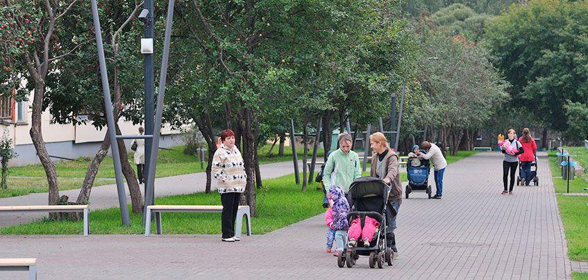 Скверы Ижевска: где горожане могут отдохнуть в последние дни лета
