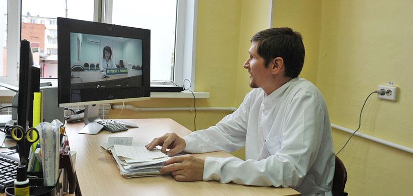 В отдаленных деревнях Удмуртии узкоспециализированные врачи будут консультировать пациентов в Сети