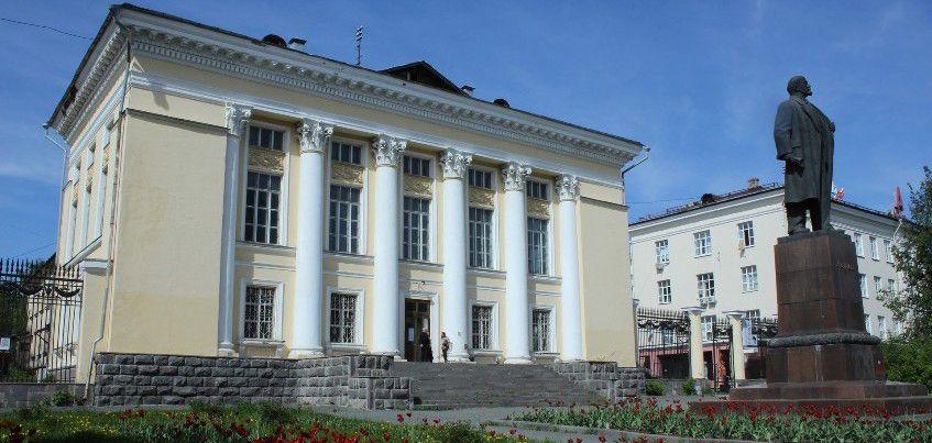 Предприниматель отказался от строительства многоэтажного дома рядом с Национальной библиотекой в Ижевске