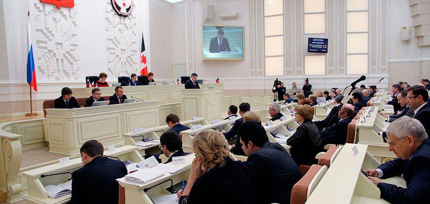 Раскол внутри «коммунистов» и новая структура Правительства: чем запомнилась сессия Госсовета Удмуртии