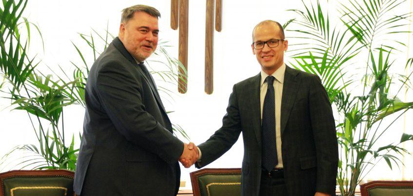 Глава Удмуртии Александр Бречалов подписал соглашение о сотрудничестве с руководителем ФАС