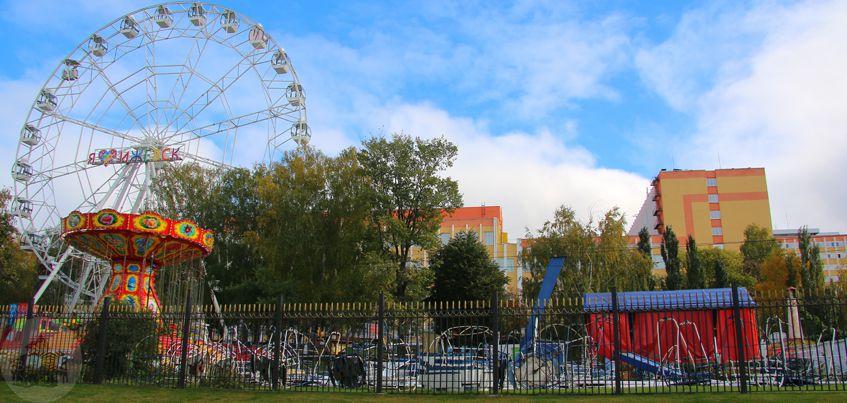 Фото: как в Ижевске разбирали старое колесо обозрения