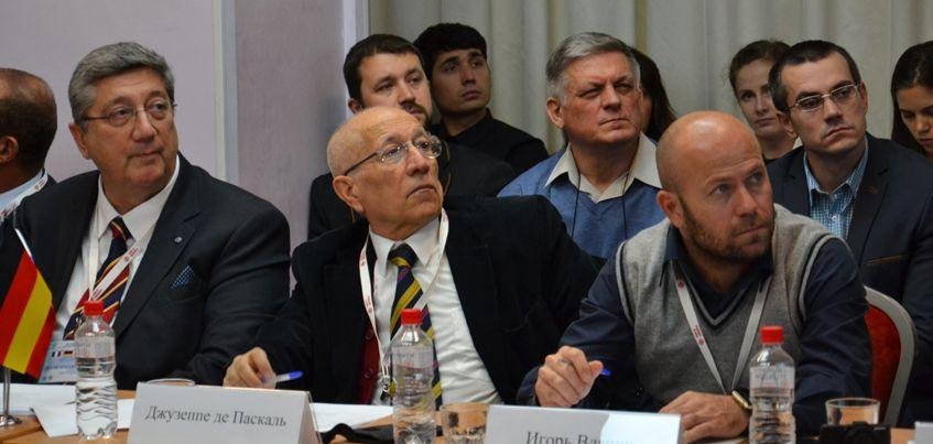 Итальянские и германские бизнесмены посетят «Аксион-Холдинг» и «Ижевский завод тепловой техники»