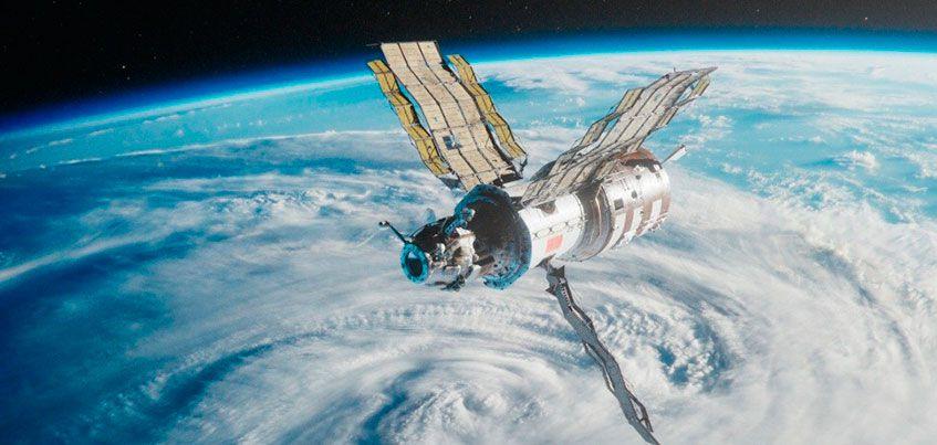 «Режиссер смог показать красоту космоса и силу человеческого духа»: зрители «Империи Грёз» о драме «Салют-7»