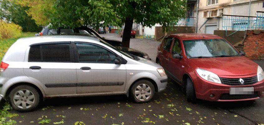 Хрупкая ижевчанка начала войну с хамством соседей по парковке