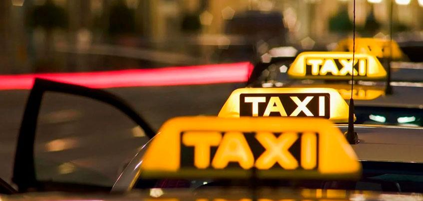 В Удмуртии четыре службы такси оштрафовали за взятки Миндортрансу